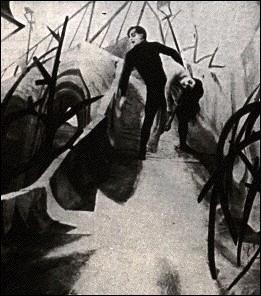 Sorti en 1919, 'Le Cabinet du Docteur Caligari' introduit pour la première fois au cinéma de nombreux éléments d'un certain mouvement artistique. Lequel ?