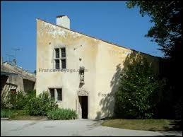 Jeanne d'Arc est née à Domrémy. Où se trouve ce village ?