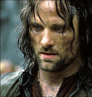 Aragorn est un nom elfique qui veut dire :