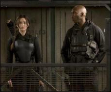 Le commando est chargé de libérer les autres survivants du 75e Hunger Games, qui sont retenus prisonniers. Qui est le chef de ce commando ?