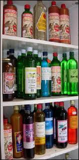 Certains n'hésitent pas à arroser cette douceur d'une boisson 'piquante'(+/- 40%) puisqu'il s'agit d'un alcool de grain distillé, c'est le