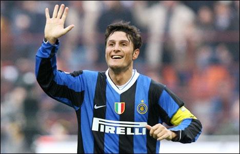 Un vieux de la vieille, recordman de sélections avec la sélection argentine, recordman de matchs joués avec l'Inter Milan, voici…