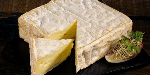 Lequel de ces fromages a une forme carrée ?