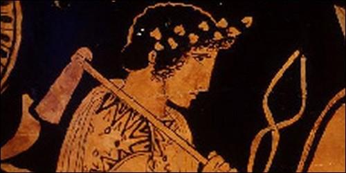 Dans la mythologie grecque, qui est le Dieu du feu, des forges et des volcans ?