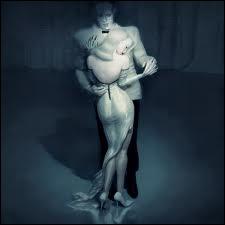 Ce tableau de Ray Caesar, La danse des morts, ressemble à certaines images du film... ?