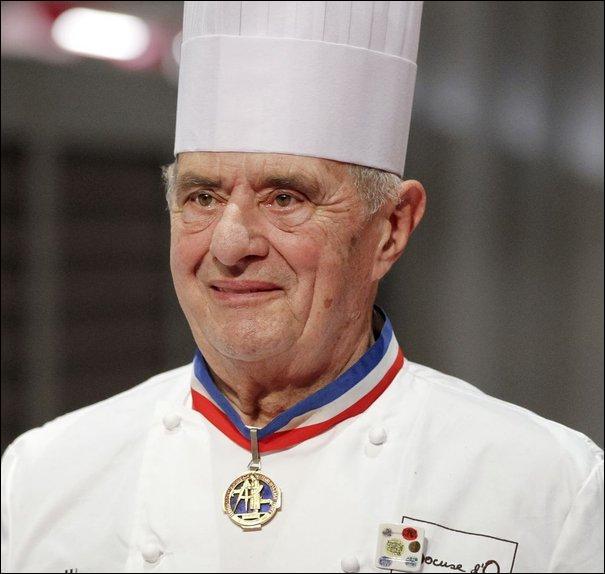 Pour quel président de la République, Bocuse créa-t-il sa soupe à la truffe noire ?