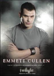 Qui interprète le personnage d'Emmett Cullen ?