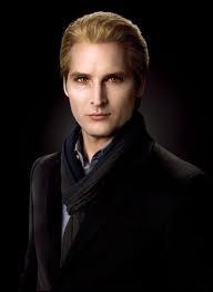 Qui interprète Carlisle Cullen ?