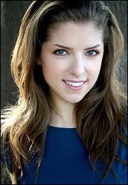 Qui joue Jessica Stanley ?
