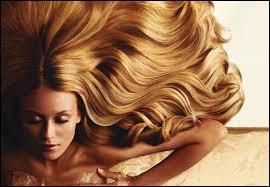 Les cheveux...