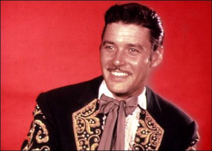 Je suis l'ennemi de Zorro. Je coupe le bout des plumes d'une certaine façon. Qui suis-je ?