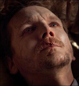 Comment meurt Mikael, le chasseur de vampires ? (Saison 3)