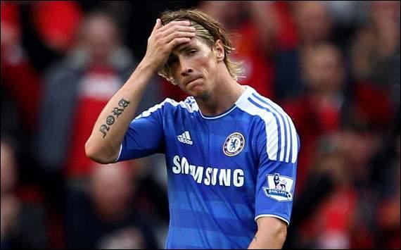 Quelques jours plus tard, Chelsea se déplace chez un rival direct pour le titre. Torres se distinguera par un raté monumental, tirant à côté du but vide. Qui était l'adversaire des blues ?