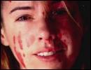 Quelle est l'année de décès de la mère de Dexter ?