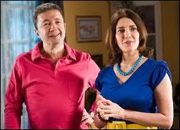 Que Liliane reproche quelquefois à José quand il y a des invités ?
