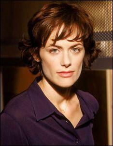 Je suis Birdie dans 'Thirteen' de Catherine Hardwicke. Dans 'Twilight' je joue le rôle de ... ?