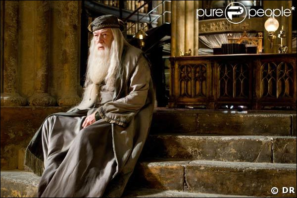 Quelle forme prend le patronus de Dumbledore ?