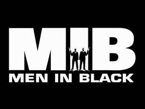C'est l'acteur principal qui chante cette chanson pour le film ''Men in Black'' .