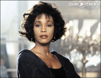 Whitney Houston chantait ''I Will Always Love You'' pour le film ''Bodyguard'' . Qui était l'acteur garde du corps ?