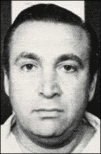 Il est surtout connu pour avoir été à la tête d'une équipe d'assassins, voleurs de voitures et trafiquants de drogue suspectés par le FBI d'entre 75 et 200 meurtres :