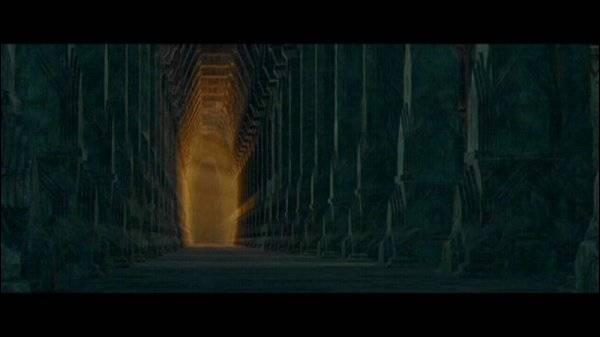 Dans les profondeurs de quel sommet peut-on trouver une partie des mines de la Moria ?