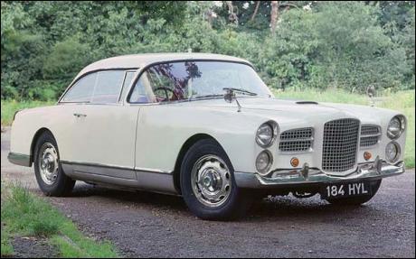 Fondée en 1936, cette marque de voitures de sport et de prestige . Ce modèle de 1958 est l'aboutissement de la série des coupés :