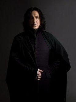 La biographie complète de Severus Rogue (Harry Potter)