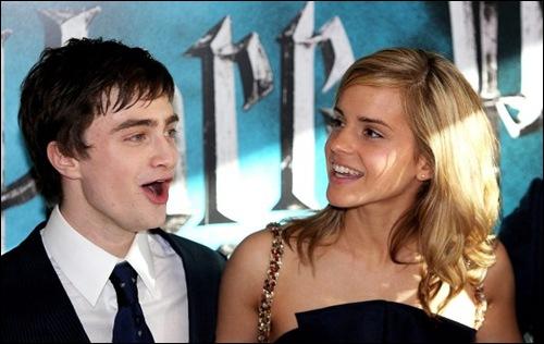 Daniel Radcliffe et Emma Watson (Harry Potter et Hermione Granger) figurent dans le livre Guiness des records parce qu'ils :