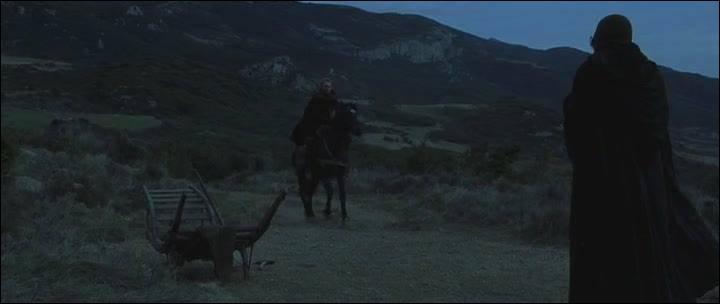 Dans quel pays se déroulent les premières scènes du film ?