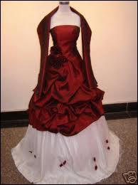 Quelle est la couleur de cette robe ?