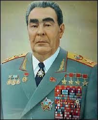 Successeur de Nikita Khrouchtchev à la tête de l'URSS de 1964 à 1982, il prôna la souveraineté limitée des pays satellites du pays.