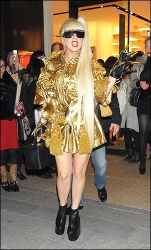 L'assistante personnelle de Stefani Germanotta (Lady Gaga) vient de porter plainte contre elle, pourquoi ?