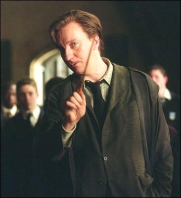 Quel forme prend l'Epouvantard de Remus Lupin ?
