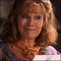 Molly a-t-elle déjà envoyé une beuglante à son fils Ron ?