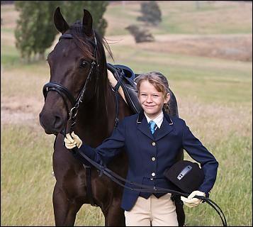 Quel est son nom et celui de son cheval ?