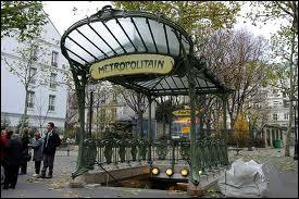 Style Art nouveau, ses entrées de métro sont célèbres dans le monde entier, qui les a conçues ?