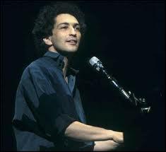 Il y a 20 ans : mort de Michel Berger le 2/8/1992 à l'âge de 44 ans. Quelle chanson extraite de l'album 'Ca ne tient pas debout' a été son dernier succès solo ?