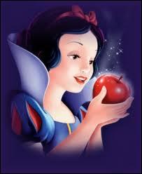 Comment s'appelle cette princesse qui s'est endormie après avoir goûté à une pomme ?