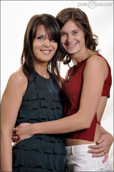 L'émission 'Secret Story 2' a mis en vedette le couple lesbien Samantha et...