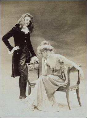 Avec qui la poétesse Natalie Clifford Barney vécut-elle une liaison tumultueuse ?