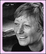 Quelle est cette femme de lettres qui s'est révélée en 1958 avec le roman ' Le repos du guerrier ' ?