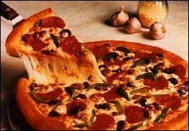 Vous savez sans doute que la pizza est originaire de ...