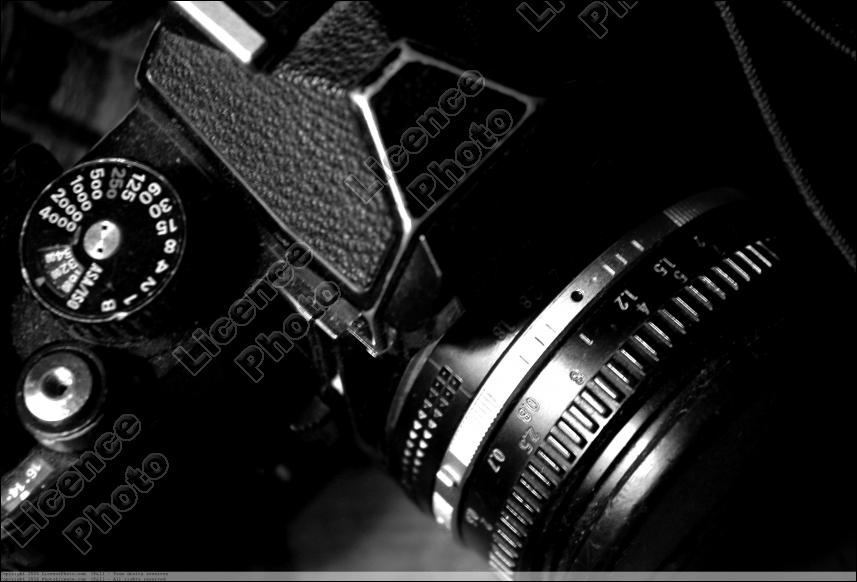 La Photographie ( image) en fait partie, mais aussi la radiodiffusion et la télévision, il s'agit des ...