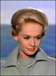 Tippi Hedren, toujours élégante, toujours dans un film de Hitchcock, mais lequel ?