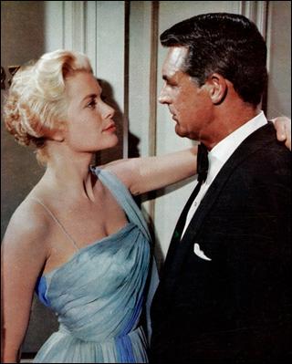 L'une des célèbres blondes du cinéma, Grâce Kelly ici avec Cary Grant pour la fameuse scène dite de 'la main au panier', dans le film ?