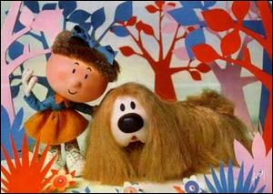 Quel est le nom du chien qui accompagne Margote dans 'Le manège enchanté' ?