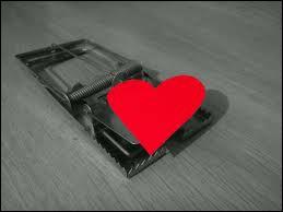 Ce coeur pris au piège symbolise un titre de roman, quel en est son auteur ?