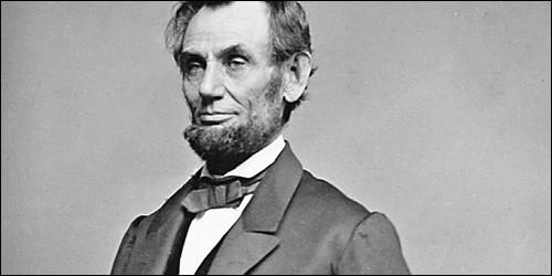 Quel Président américain a aboli l'esclavage en 1865 ?