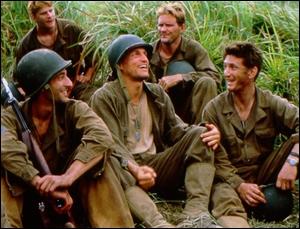 Le film évoque la bataille de Guadalcanal dans le Pacifique opposant les Américains aux Japonais en 1942.