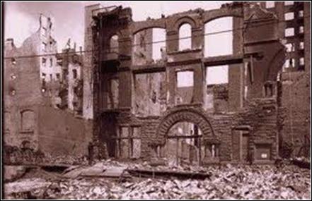 18 avril 1906 : une ville de Californie de 400 000 habitants, est dévastée par un tremblement de terre (d'une magnitude de 8, 5 sur l'échelle de Richter) et par les incendies qui suivent. Cette ville est :